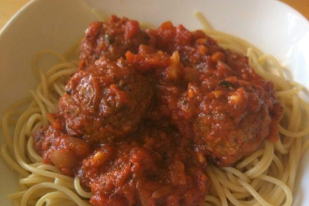 """<img src=""""Meat Spaghetti.jpg"""" alt=""""トレジョのミートボールを使ったミートスパゲッティ""""/>"""