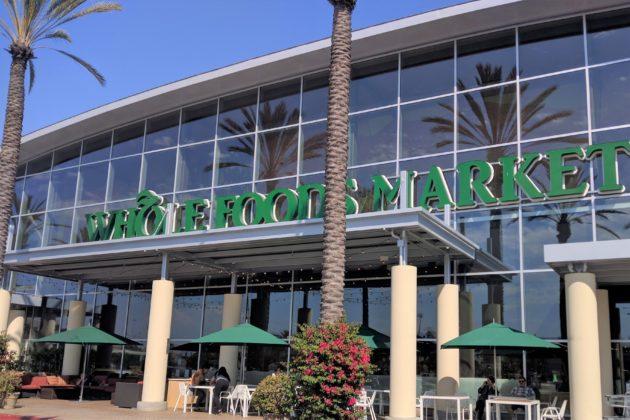 "<img src=""Whole Foods Marekt.jpg"" alt=""アーバインホールフーズマーケット""/>"
