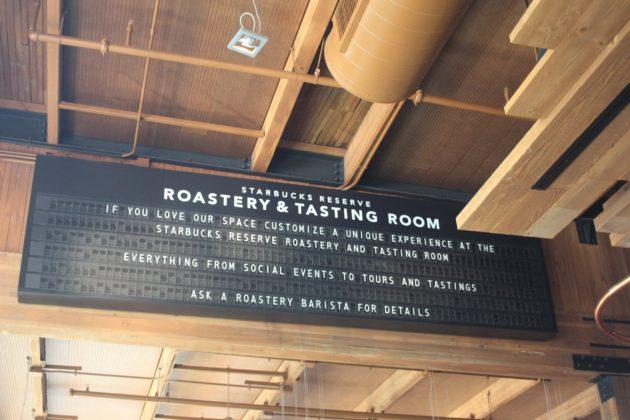 """<img src=""""Starbucks Reserve Roastery & Tasting Room.jpg"""" alt=""""シアトルStarbucks Reserve Roastery & Tasting Room""""/>"""