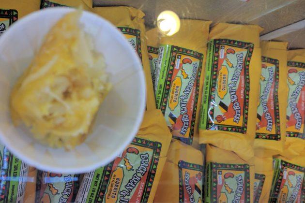 "<img src=""Trader Joe's Black Beans & Jack Cheese Burito.jpg"" alt=""トレジョブラックビーンズジャックチーズブリトー""/>"