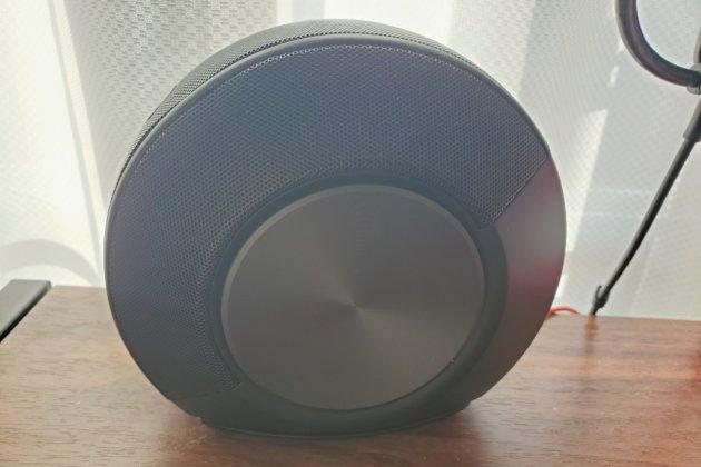 """<img src=""""Speaker.jpg"""" alt=""""JBLスピーカー""""/>"""